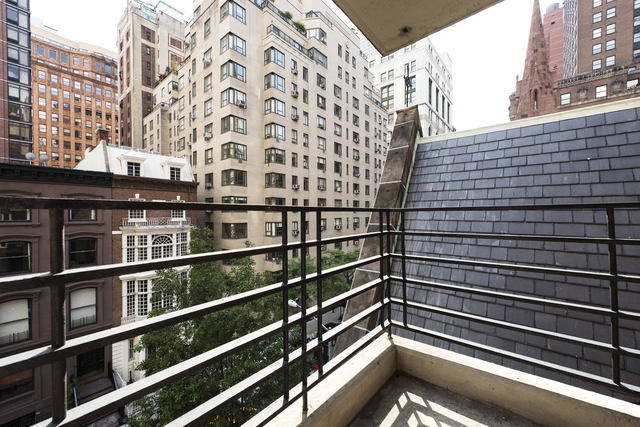 35 East 35th Street, Unit 12G Image #1
