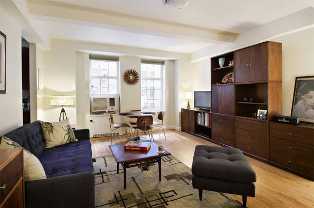 465 West 23rd Street, Unit 4G Image #1