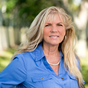 Dawn Holihan, Agent in Miami - Compass