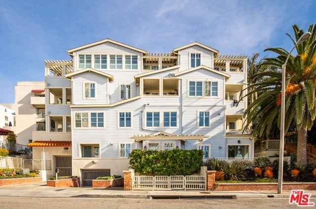 1751 Appian Way, Unit 403 Santa Monica, CA 90401