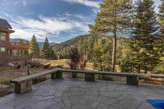 3096 Mountain Links Way Olympic Valley, CA 96146