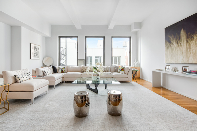 126 West 22nd Street, Unit 11S Image #1