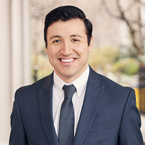 Peter Gonzalez, Agent in NYC - Compass