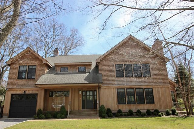 18 Island Creek Road Southampton, NY 11968