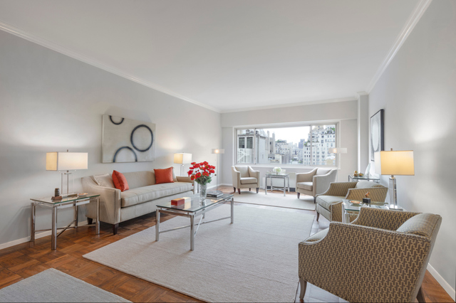 10 East 70th Street, Unit 12A Manhattan, NY 10021