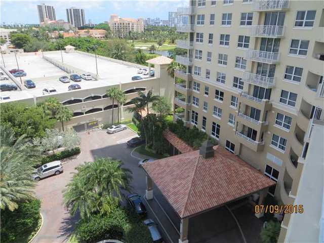 19501 West Country Club Drive, Unit 809 Image #1