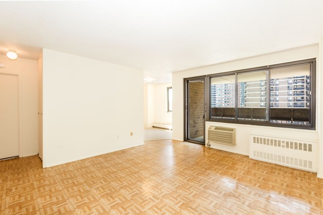 90 Gold Street, Unit 20A Image #1