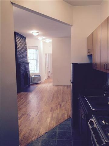 220 West 20th Street, Unit 4RE Image #1