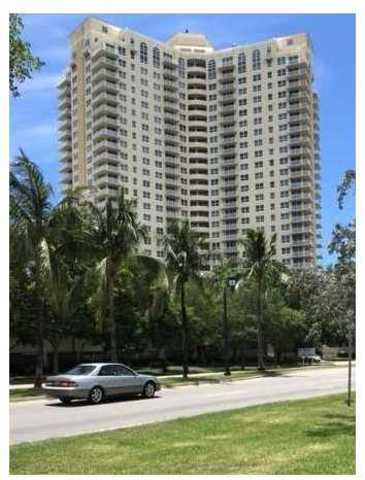 19501 West Country Club Drive, Unit 1007 Image #1