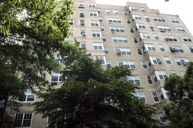 320 West 76th Street, Unit 4A Image #1