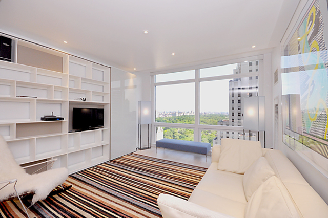 721 5th Avenue, Unit 35E Image #1