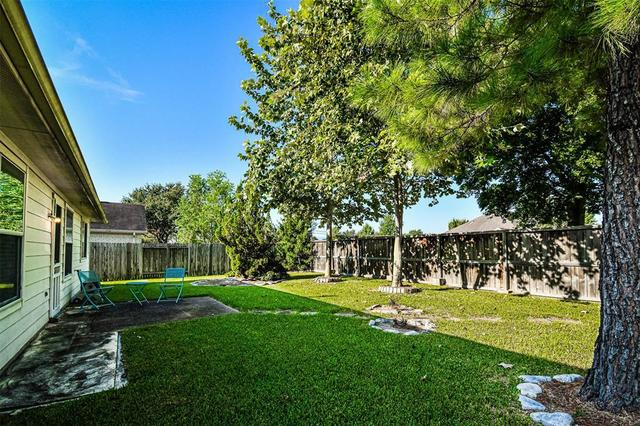 2210 Land Street Pearland, TX 77584