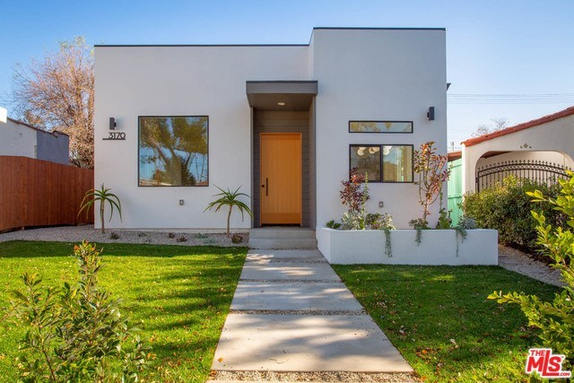 3170 Glenmanor Place Los Angeles, CA 90039
