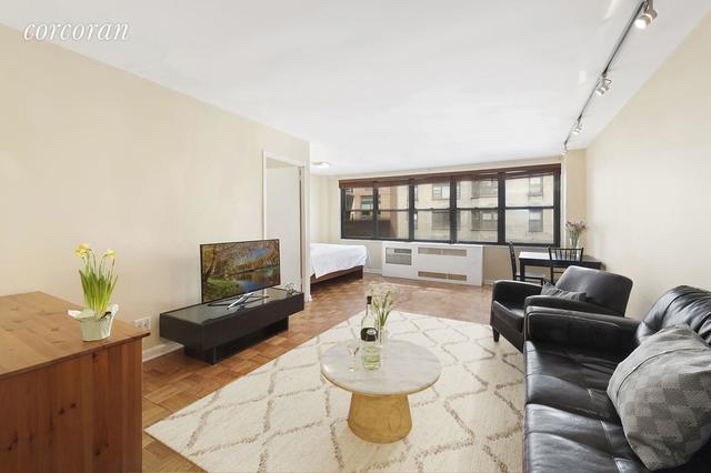 209 East 56th Street, Unit 8A Image #1