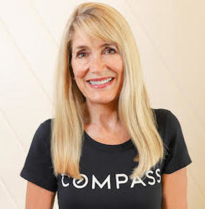 Victoria Davis,                       Agent in Los Angeles - Compass