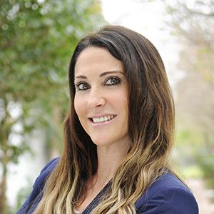 Caroline Harper,                     Agent in Miami - Compass