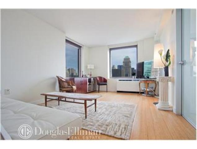 100 West 39th Street, Unit 39E Image #1