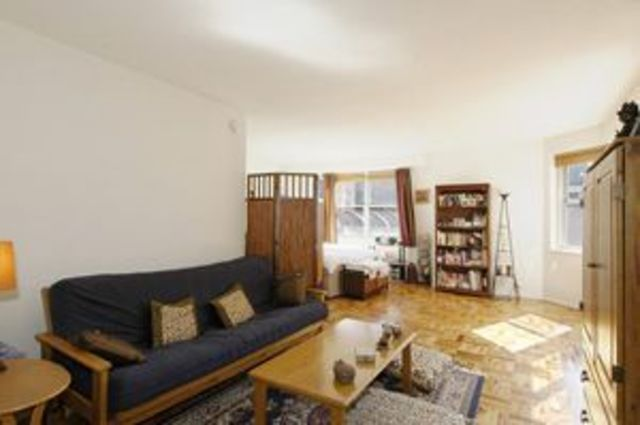 300 East 40th Street, Unit 4D Image #1