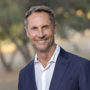 Paul Suding,                       Agent in Santa Barbara, Montecito, & Central Coast - Compass