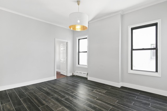 24-22 41st Street Queens, NY 11103