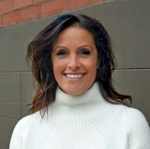Sonya Hollander,                       Agent in San Francisco - Compass