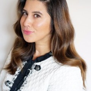 Aja Aguirre,                     Agent in San Francisco - Compass