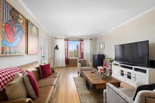 645 West 239th Street, Unit 6G Image #1
