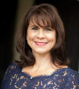 Michele Downing,                       Agent in Los Angeles - Compass