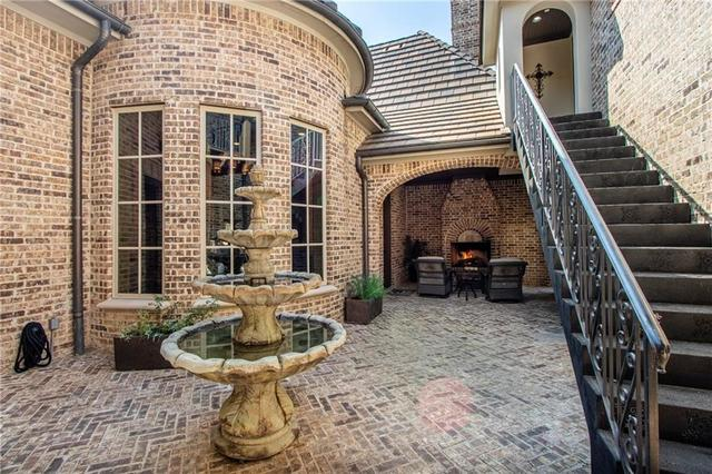 5755 Water's Edge Irving, TX 75039