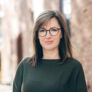 Lina Bozenoviene,                       Agent in Chicago - Compass