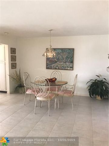 230 Main Boulevard, Unit 2C Boynton Beach, FL 33435