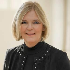Headshot of Kim Alden
