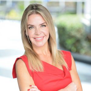 Kelli Davis,                     Agent in Atlanta - Compass
