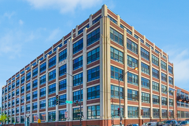 3963 West Belmont Avenue, Unit 334 Chicago, IL 60618