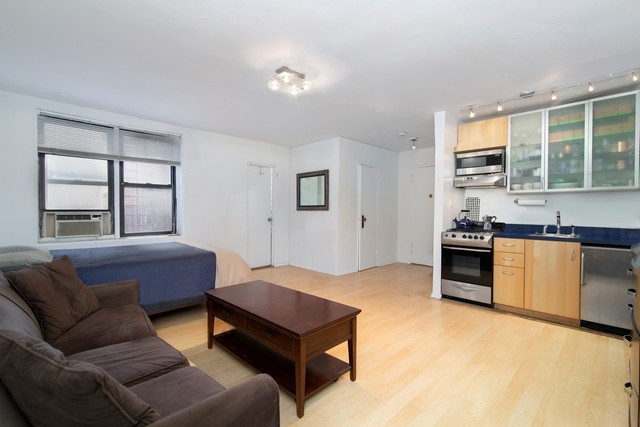 1420 York Avenue, Unit 2D Manhattan, NY 10021