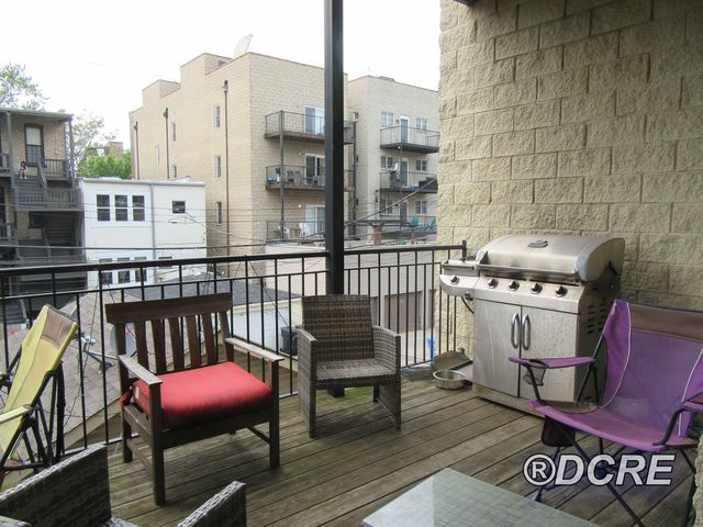 3622 North Fremont Street, Unit 2 Chicago, IL 60613