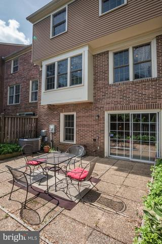 1111 Fairview Court Silver Spring, MD 20910