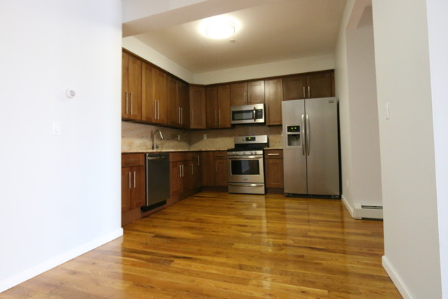 128 Wythe Avenue, Unit 2D Image #1
