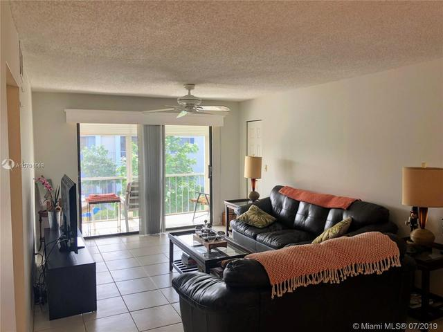 130 Cypress Club Drive, Unit 329 Pompano Beach, FL 33060