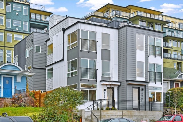 2005 Dexter Avenue North, Unit A Seattle, WA 98109