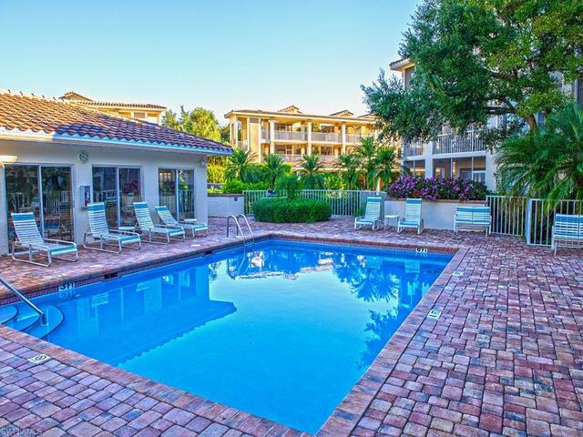 6010 Chardonnay Lane, Unit 304 Naples, FL 34119