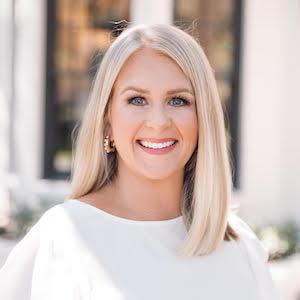 Alison Harris,                       Agent in Dallas-Fort Worth - Compass