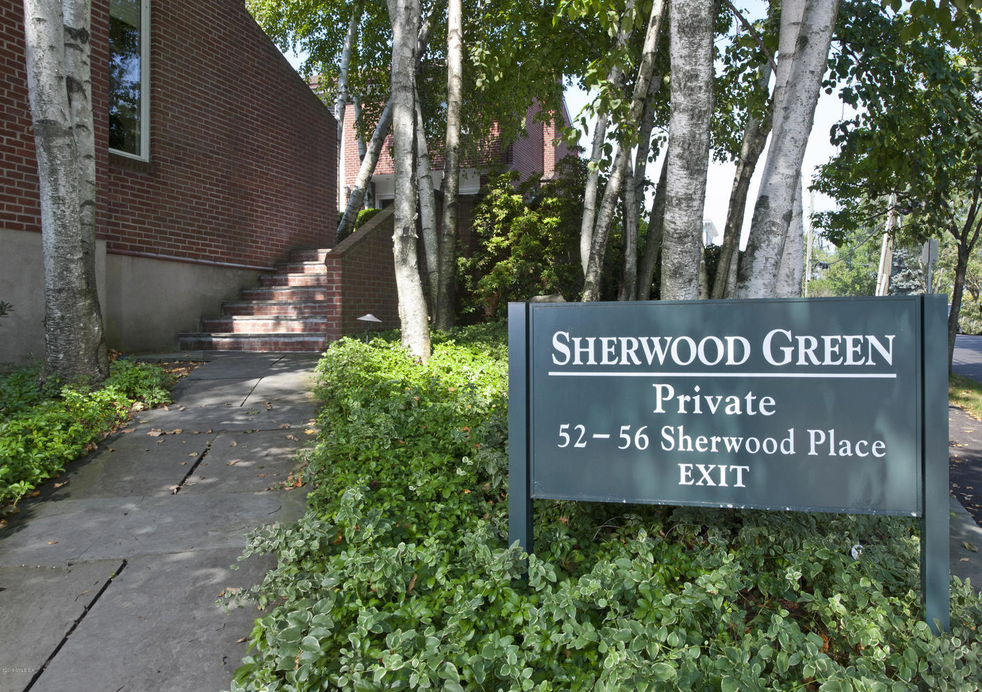 56 Sherwood Place, Unit 9 Greenwich, CT 06830