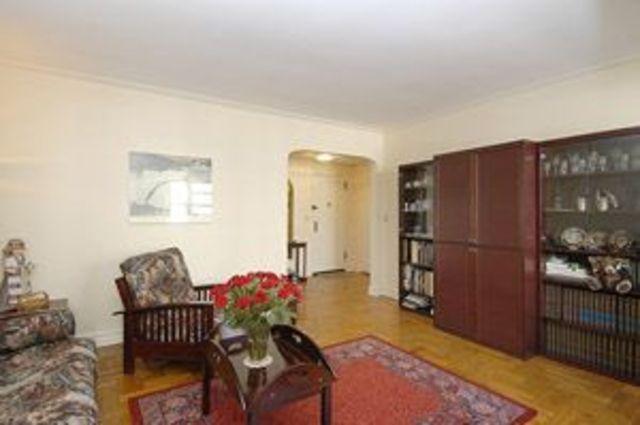 175 West 92nd Street, Unit 3F Image #1