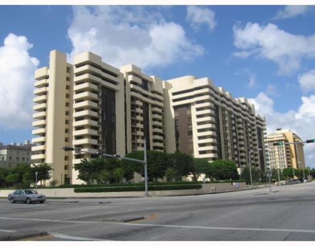 600 Biltmore Way, Unit 718 Image #1