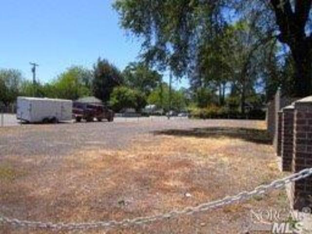 690 South Main Street Willits, CA 95490
