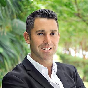 Alex Johns, Agent in Miami - Compass