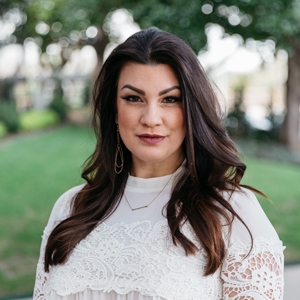 Breah Brown,                       Agent in Dallas-Fort Worth - Compass