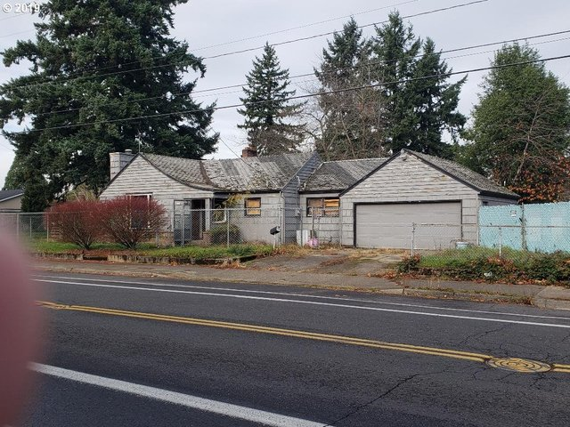 6625 Southeast Duke Street Portland, OR 97206