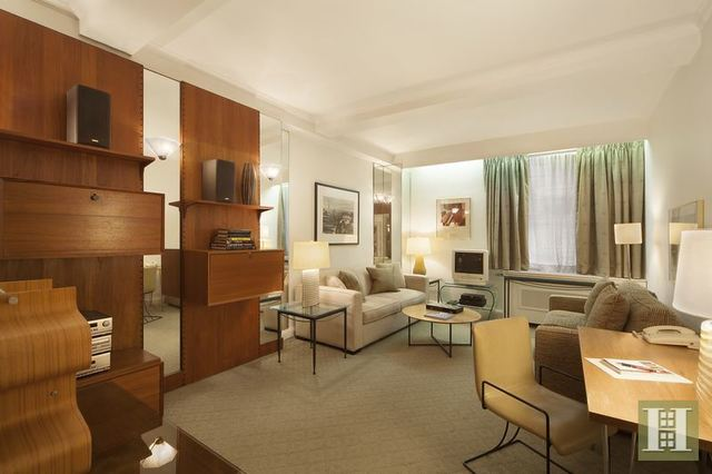111 East 56th Street, Unit 208 Image #1